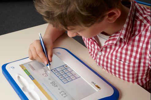 «L'ardoise Bic Tab s'utilise avec un stylet ergonomique développé pour les enfants.» Crédit: Bic/Intel