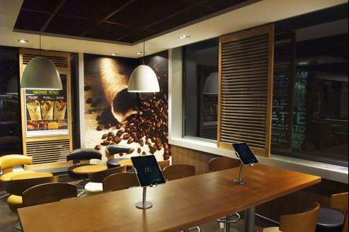 Environ cinq Ipad sont disposés dans les 15 restaurants répartis entre Tours, Limoges et Orly. Crédits photo: Weblib.fr