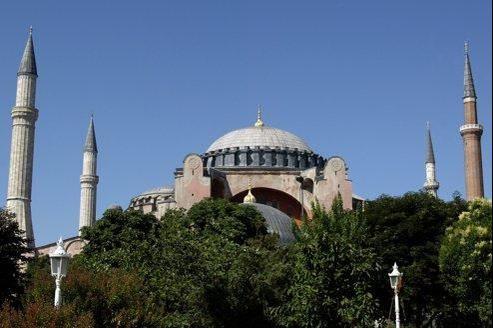 Sainte-Sophie de Constantinople transformée en mosquée puis en musée d'Istanbul.