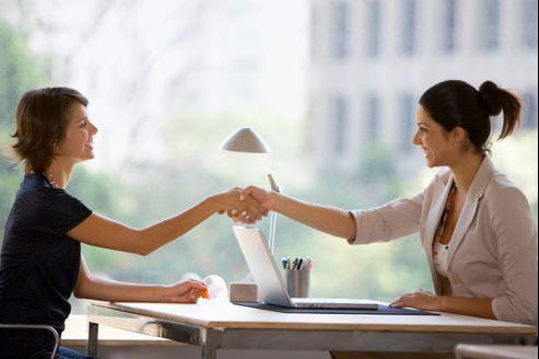 Aux Etats-Unis, un employeur a tendance a récompensé un employé qui lui est fidèle.