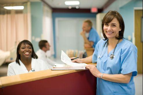 Apprenez à connaître les avantages, conditions et modes d'attribution de la Couverture maladie universelle générale et complémentaire.