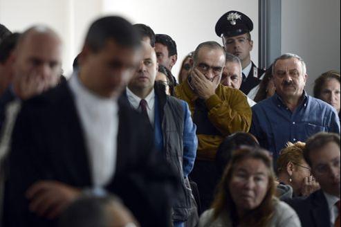 Le juge Marco Billi aggrave le réquisitoire du procureur général, qui avait demandé quatre ans de prison pour «homicides par imprudence, désastre et lésions graves».