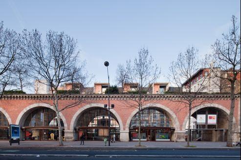 Le viaduc des Arts, avenue Daumesnil à Paris dans le XIIe.