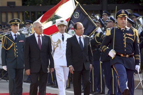 Le président libanais Michel Sleimane et François Hollande, dimanche matin à Beyrouth.