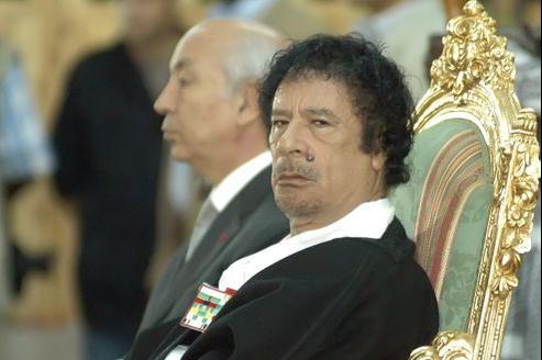 L'ancien leader de la Libye aurait amassé plus de 80 milliards d'euros en 40 ans de pouvoir.