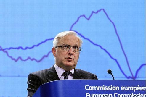 A l'échelon européen, la Commission est bien plus pessimiste qu'au printemps, quand elle tablait encore sur une croissance de 1% l'an prochain.