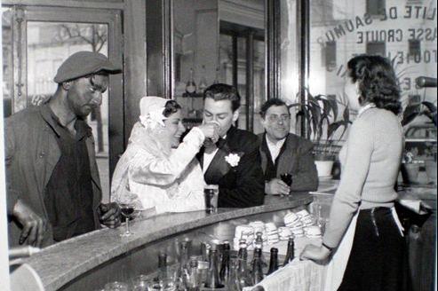 Café noir et blanc,1948 de Robert Doisneau.