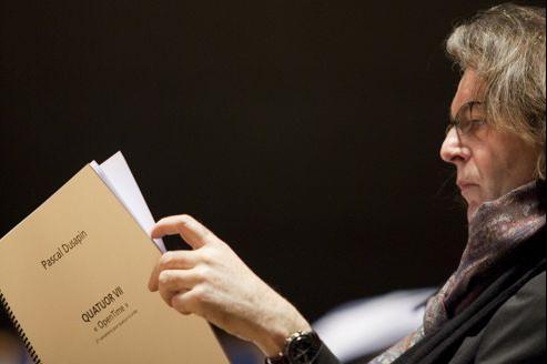 Pascal Dusapin vient de publier sesÉtudes pour pianosous forme de livre disque avec ses propres photos.