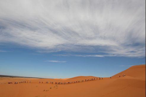 Le désert offre une expérience unique, souvent bouleversante. (Pierre Verdy/AFP)