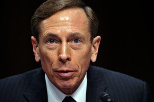 Le général Petraeus a jugé son attitude «inacceptable» dans une lettre adressée au personnel de la CIA.
