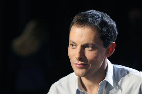Marc-Olivier Fogiel gagne 3% d'auditeurs dans sa tranche d'info du soir.