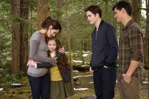 Twilight 4 partie 2 avec Kristen Stewart et Robert Pattinson. (© Summit Entertainment )
