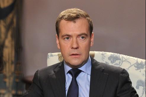 Dmitri Medvedev: «Nous n'avons jamais fourni à la Syrie des équipements contrevenant aux conventions internationales.»