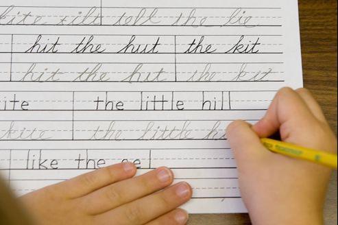 L'écriture cursive ne sera plus requise à la sortie de l'école élémentaire dans pas moins de 45 États américains.