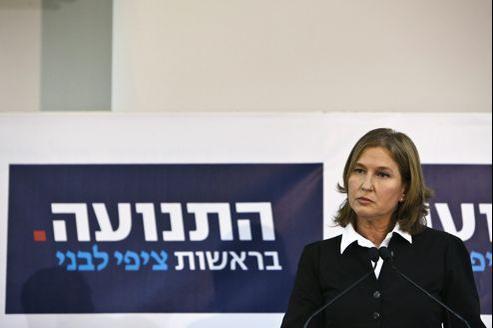 L'ancienne ministre des Affaires Étrangères de Nétanyahou, Tzipi Livni, a annoncé mardi son retour en politique.
