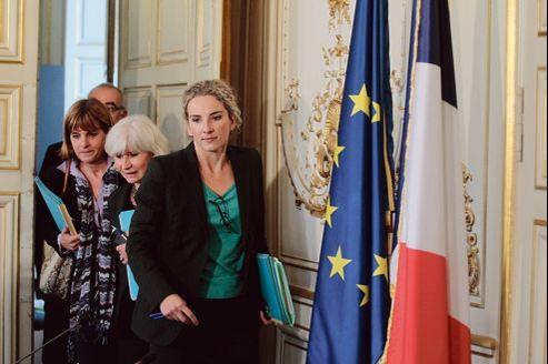 Delphine Batho, Laurence Tubiana et Anne Lauvergeon (par ordre d'apparition), trois des sept membres du comité de pilotage sur la transition énergétique, lors du débat qui s'est tenu jeudi, à Paris.