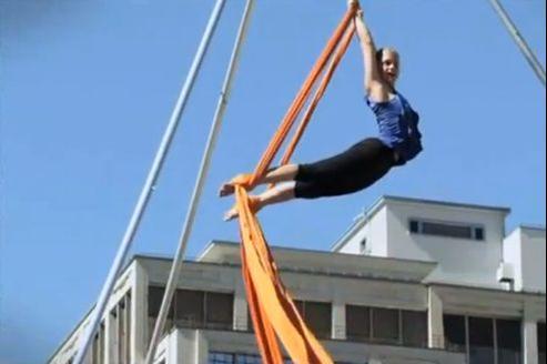 Capture d'écran d'une vidéo d'Émilie Lelouch.