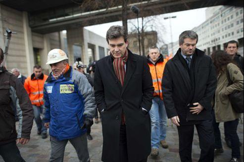 Arnaud Montebourg avec les représentants syndicaux d'Arcelor.