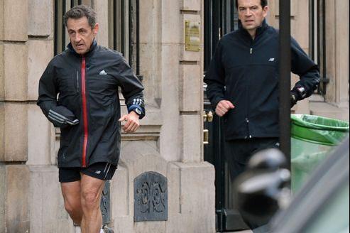 Nicolas Sarkozy, mardi à Paris, lors de son footing quotidien.