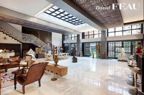 L'acteur a mis en vente sa propriété parisienne il y a trois mois.