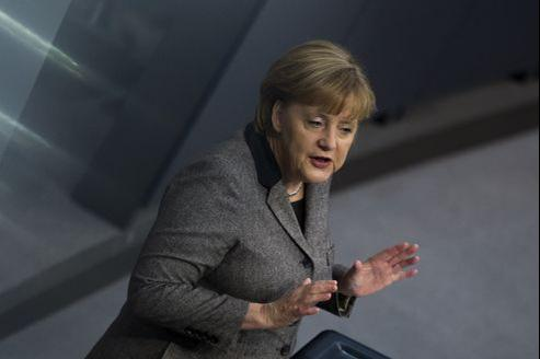 Angela Merkel devant les députés allemands, jeudi matin.