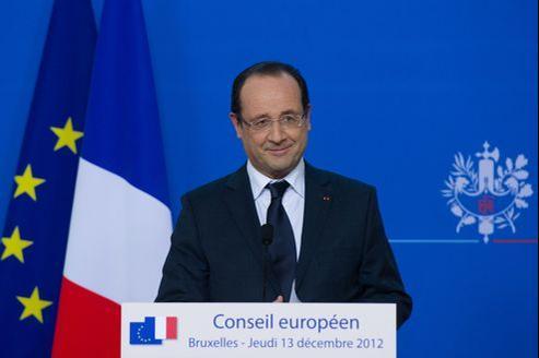 François Hollande lors d'une conférence de presse à Bruxelles jeudi soir.