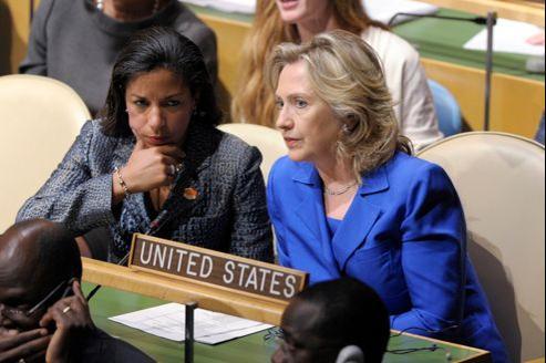 Susan Rice (à gauche) et Hillary Clinton (à droite), ici le 23 septembre 2010, à l'Assemblée générale de l'ONU.