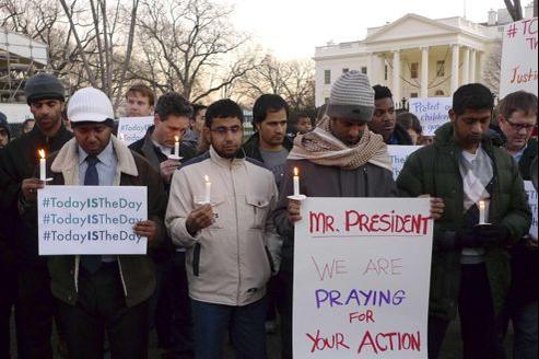 Les partisans d'une régulation plus stricte manifestent devant la Maison-Blanche vendredi 14 décembre.