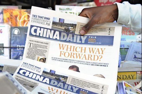 «Quelle voie pour l'Afrique?», entre modèle de développement occidental ou chinois, interroge la première une de l'édition africaine du China Daily.