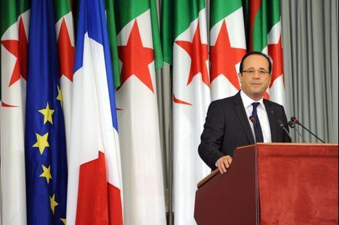 François Hollande a reconnu les souffrance infligées au peuple algérien