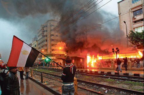 Des heurts entre pro et anti-Morsi ont éclaté vendredi à Alexandrie, à la veille du vote.