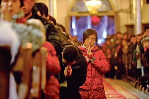 Messe de Noël mardi dans une église de Pékin.