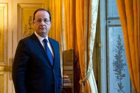 François Hollande (ici le 17 décembre à l'Élysée) adressera ses vœux aux Français, lundi soir, lors d'une allocution d'une dizaine de minutes.