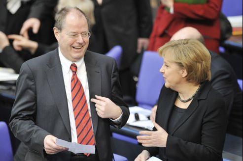 Peer Steinbrück et Angela Merkel, en mars 2009.