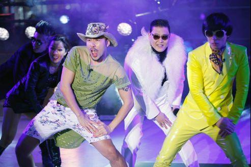 Psy a décidé de dire adieu à son tube Gangnam Style lors de sa prestation sur Times Square, à New York, pour le Nouvel An.