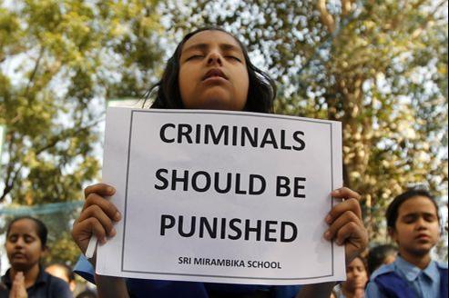 Le viol collectif de l'étudiante d'une extrême violence a déclenché une vague de protestations en Inde.
