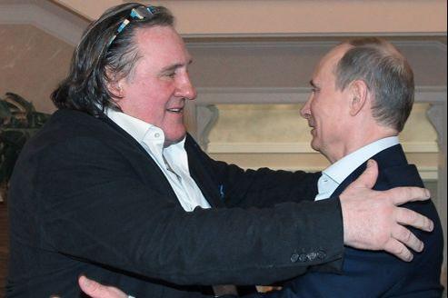 Gérard Depardieu et Vladimir Poutine, lors d'une réception organisée samedi soir à la résidence du chef du Kremlin à Sotchi.
