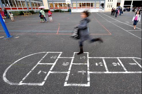 Pour aider les villes qui doivent assurer l'organisation du temps des élèves après 16h30, le gouvernement a promis une aide de 250millions d'euros.