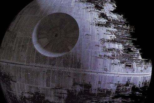 L'étoile de la mort coûterait 850.000.000.000.000.000 dollars à construire.