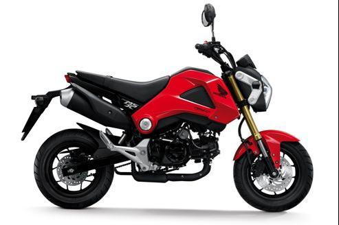 Juché sur des roues de 12 pouces, le MSX 125 est une moto compacte et accessible au plus grand nombre. (DR)