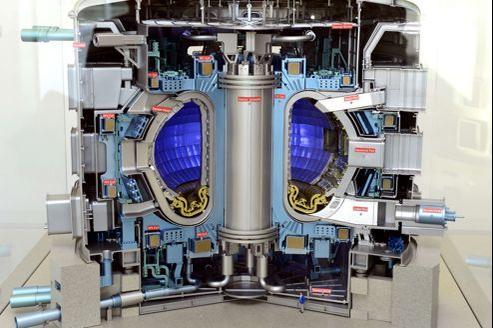 Modèle du réacteur Iter à Saint-Paul-lez-Durance.
