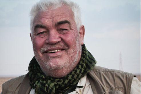 Yves Debay, lors d'un reportage à Benghazi en 2011.