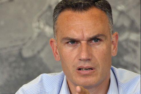 Arnaud Danjean rappelle qu'«en Libye, Nicolas Sarkozy avait réussi à associer pleinement David Cameron, ce qui avait déclenché un mouvement».