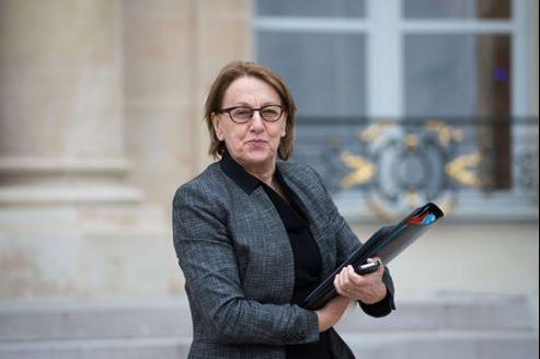 Marylise Lebranchu, la ministre de la Réforme de l'État, veut s'attaquer à des réglementations qui coûtent 600 à 700millions par an aux collectivités locales.