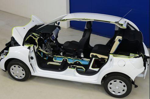 Pour présenter sa technologie «Hybrid Air», PSA a développé un démonstrateur sur la base d'une Citroën C3.