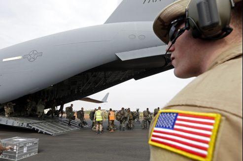 Des avions de l'US Air Force ont commencé à transporter des troupes françaises et du matériel vers le Mali.