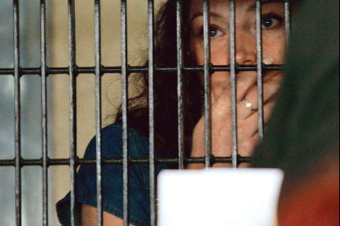 Florence Cassez, dans le parloir de la prison de Santa Marta, le 13 juin 2006, deux ans avant une première condamnation à 96 ans de détention.