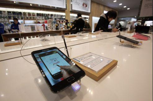 Samsung maintient la pression sur le marché des smartphones et sur celui des tablettes.
