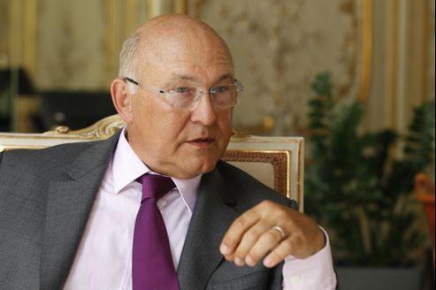 «La bataille contre le chômage ne se gagne pas en un mois mais sur la durée et nous ferons en sorte que ce soit au cours de l'année 2013», a déclaré Michel Sapin, ministre du Travail.