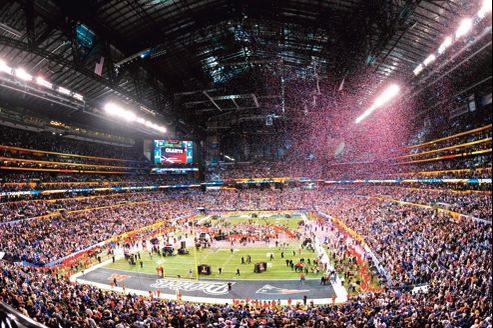La finale de 2012. Le prix moyen négocié par les annonceurs du Super Bowl s'établit cette année entre 3, 7 et 3, 8millions de dollars par spot.